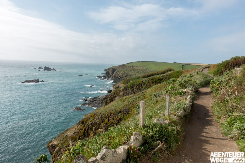 Der South West Coast Path in Cornwall, Südengland