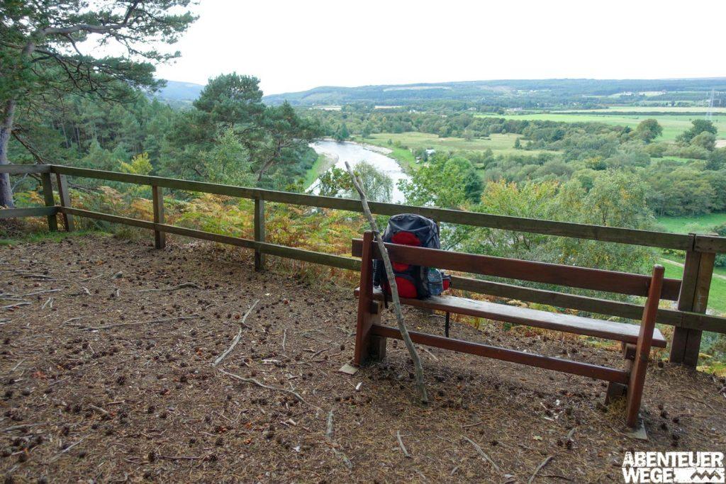 "Ausblick auf den River Spey bei ""Earth Pillars"""