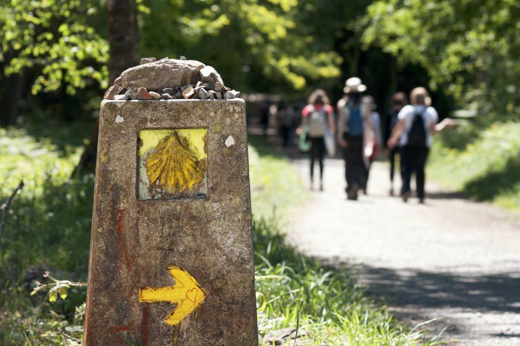 Der Jakobsweg führt von Santiago de Compostella noch weiter bis nach Finisterre. Auch hier ist er bestens ausgeschildert.