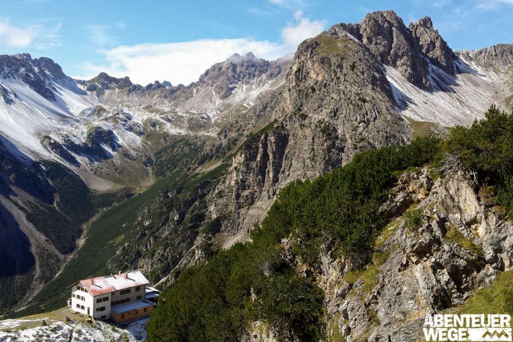 Auf der transalpinen Wanderung werden Sie täglich mit großartigen Ausblicken belohnt.